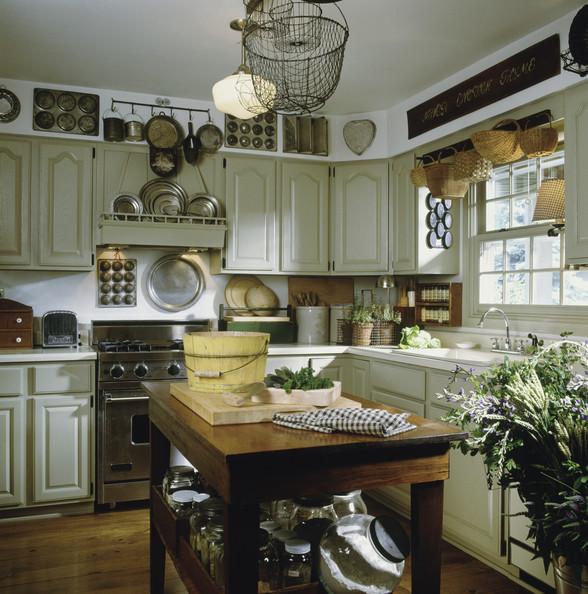 rustikal landhausstil und landhaus chic croma lacke. Black Bedroom Furniture Sets. Home Design Ideas